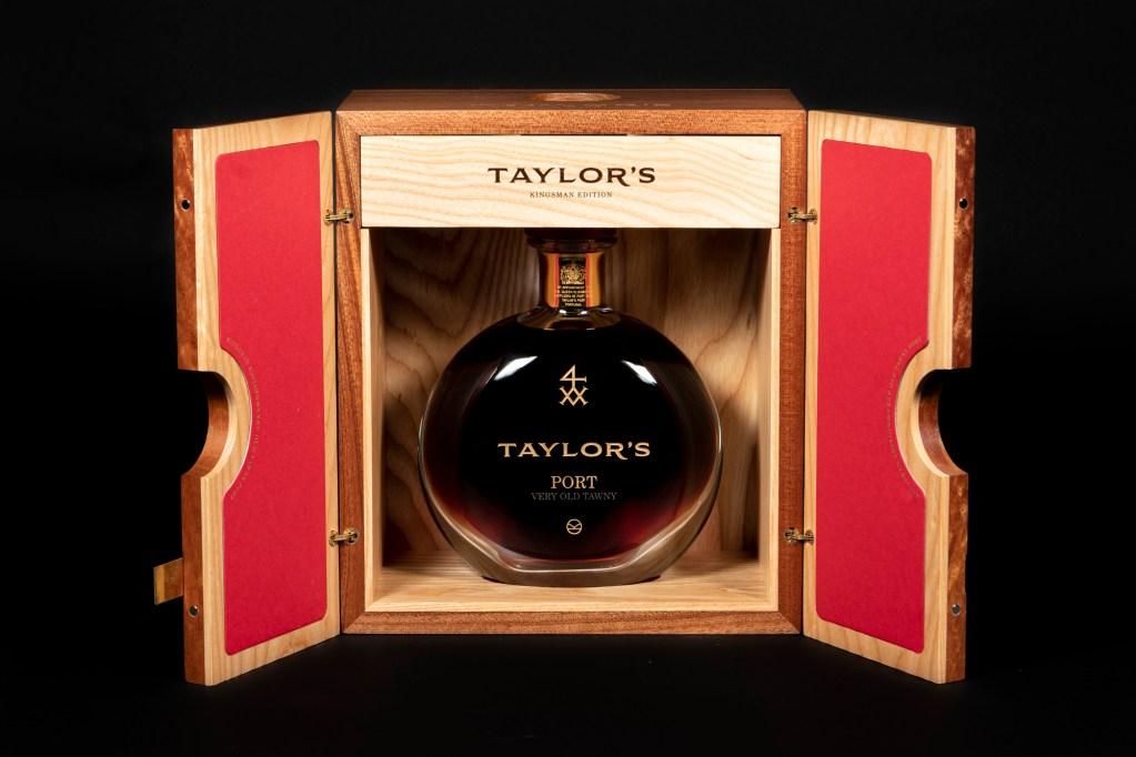 Esta imagem tem um texto alternativo em branco, o nome da imagem é Taylors-Kingsman-Edition_4-1024x682.jpg