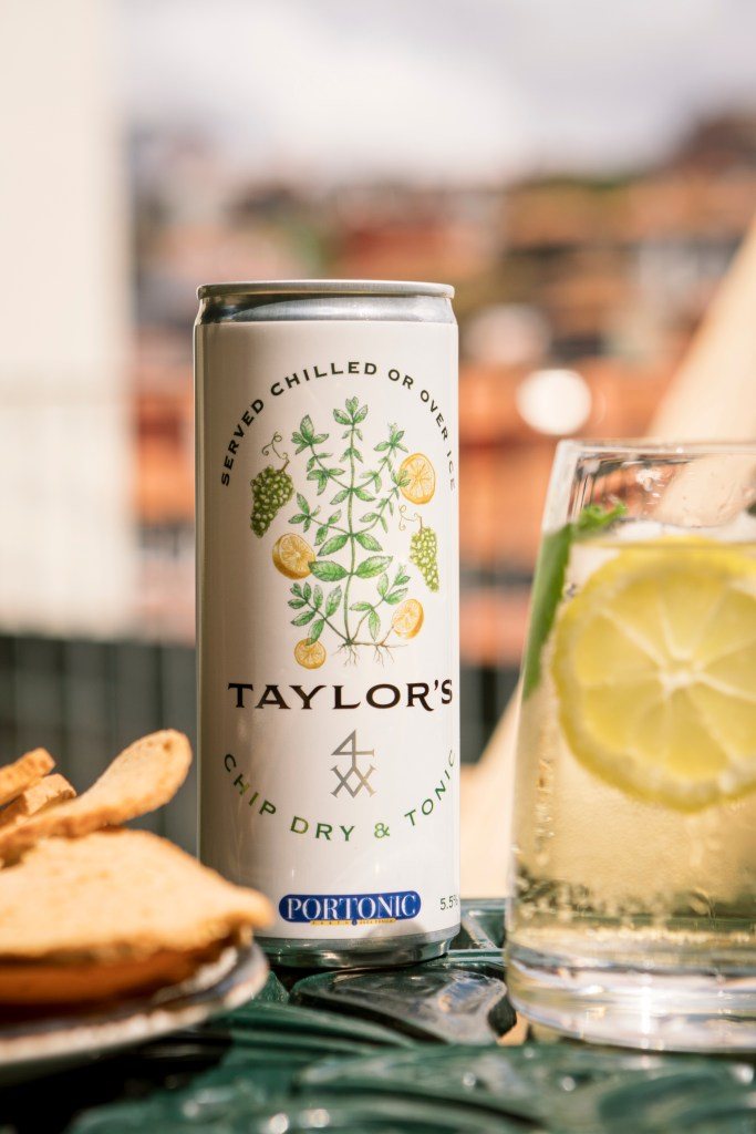 This image has an empty alt attribute; its file name is Taylors-Chip-Dry-Tonic-Ready-to-Drink-Lifestyle-Rooftop-27-683x1024.jpg