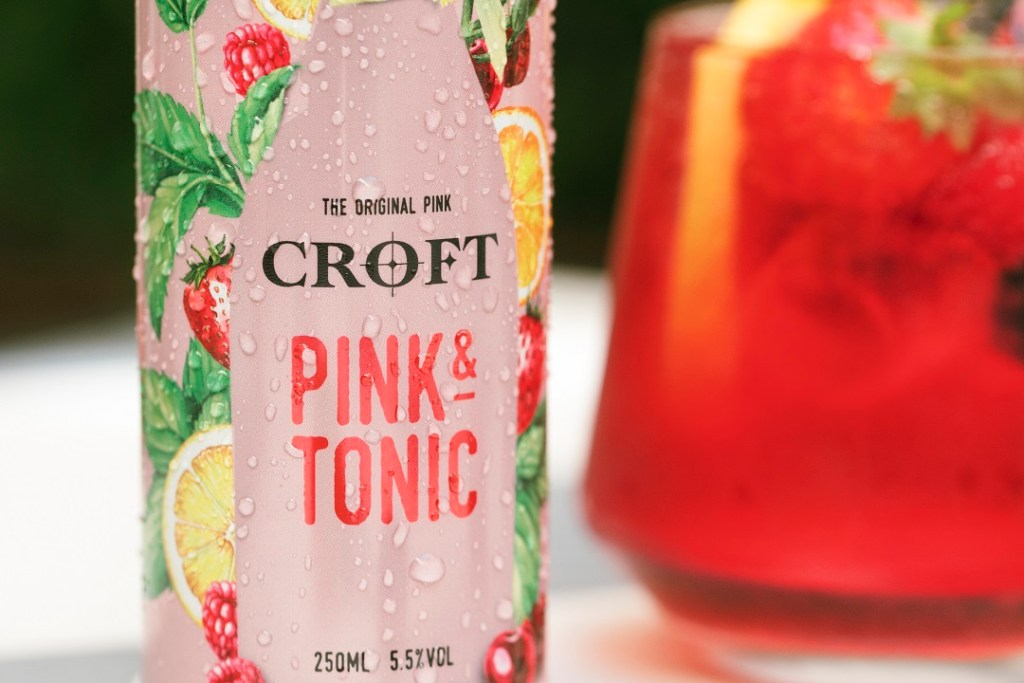 This image has an empty alt attribute; its file name is Croft-Pink-Tonic-RTD-Lifestyle-11-1024x683.jpg